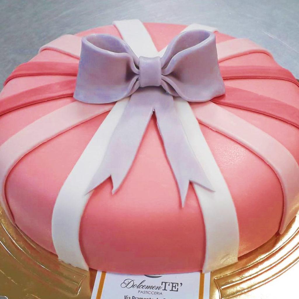 torta fiocco rosa festa