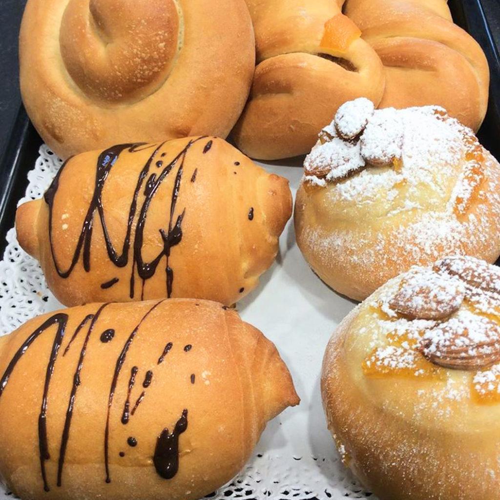 girelle, veneziane e fagottini per la colazione a pavia