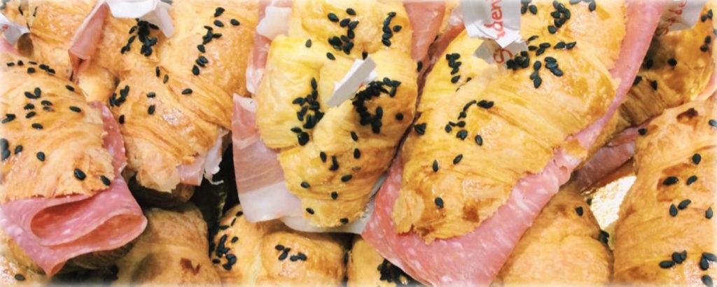 pavia pasticceria salata - croissant misti salati