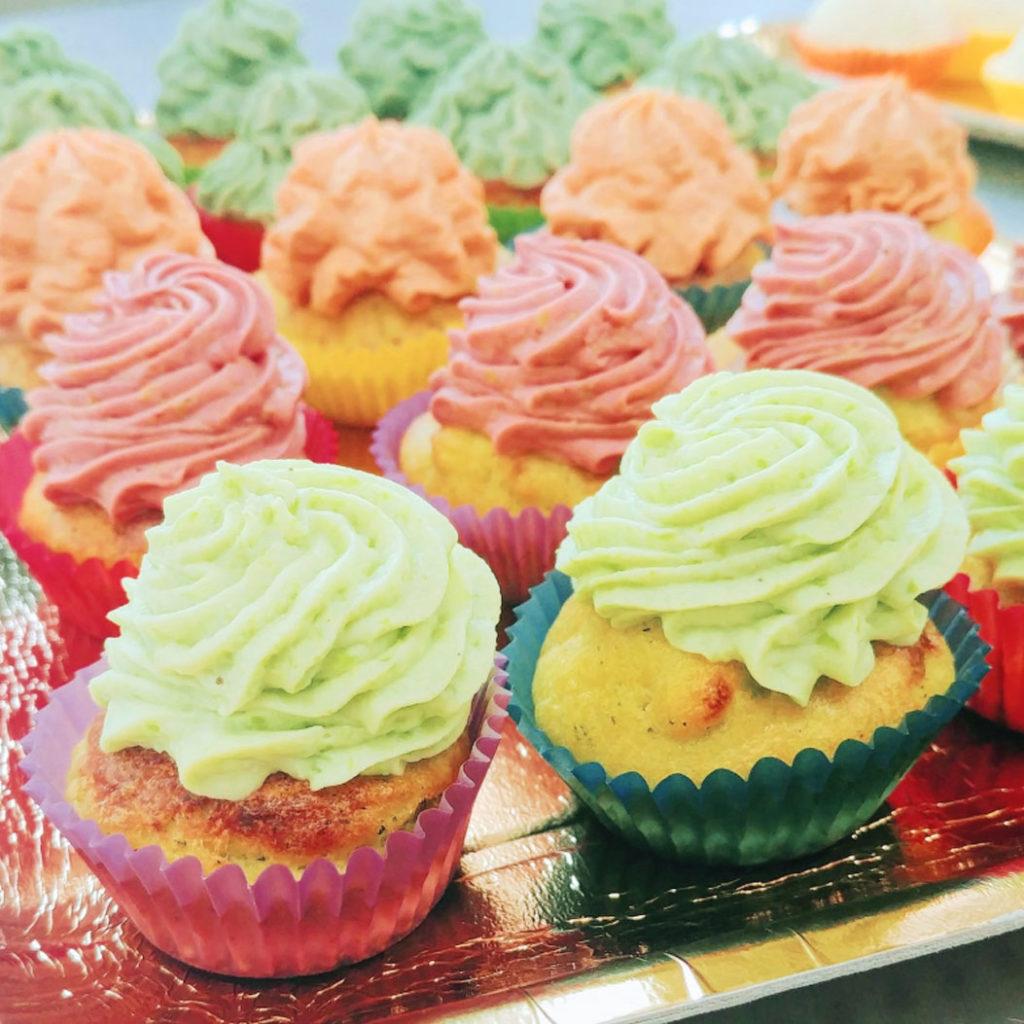 pasticceria salata pavia - muffin alle zucchine con bavarese di piselli e prosciutto cotto