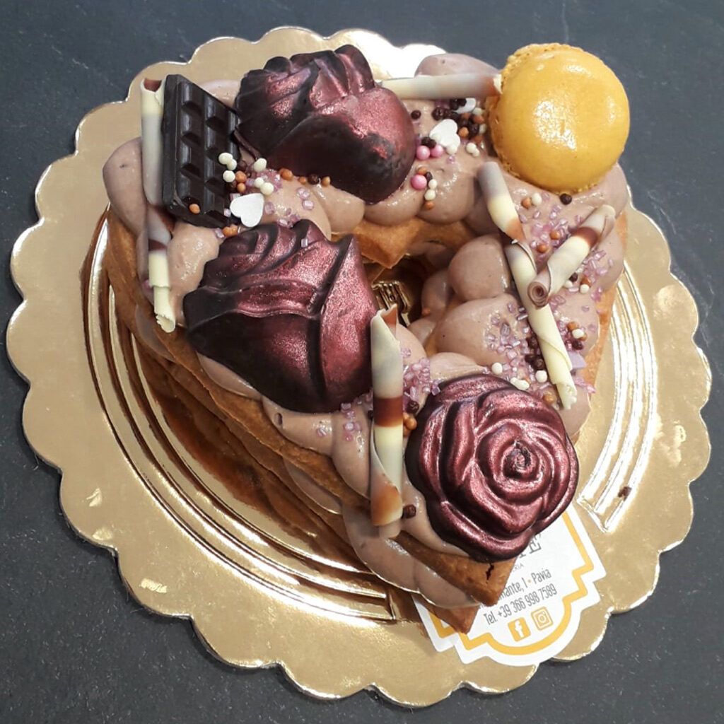 cream tart a cuore san valentino pavia